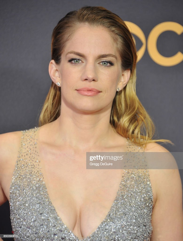 Anna Chlumsky arrives at the 69th Annual Primetime Emmy Awards at Microsoft Theater on September 17, 2017 in Los Angeles, California.