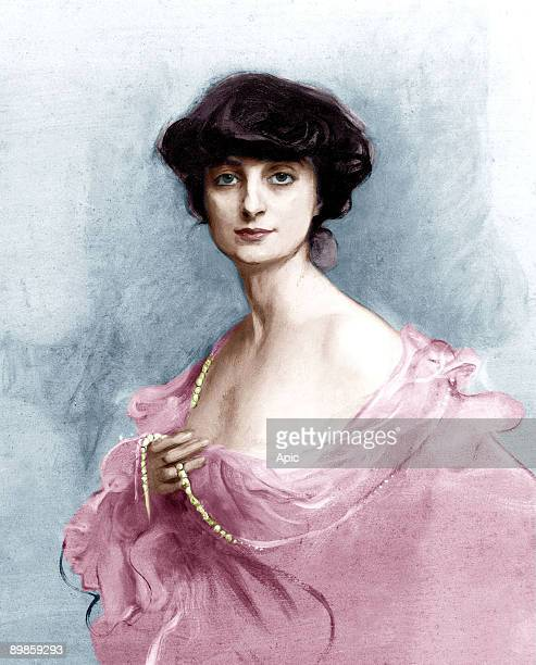 Anna de Noailles french poet ici en 1913 colorized document