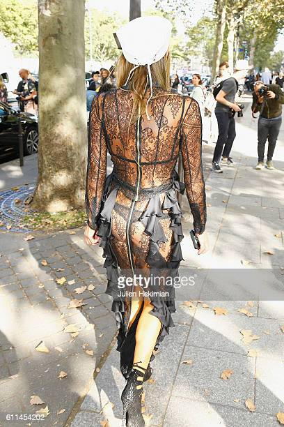 Anna Dello Russo attends the Balmain show as part of the Paris Fashion Week Womenswear Spring/Summer 2017 on September 29 2016 in Paris France