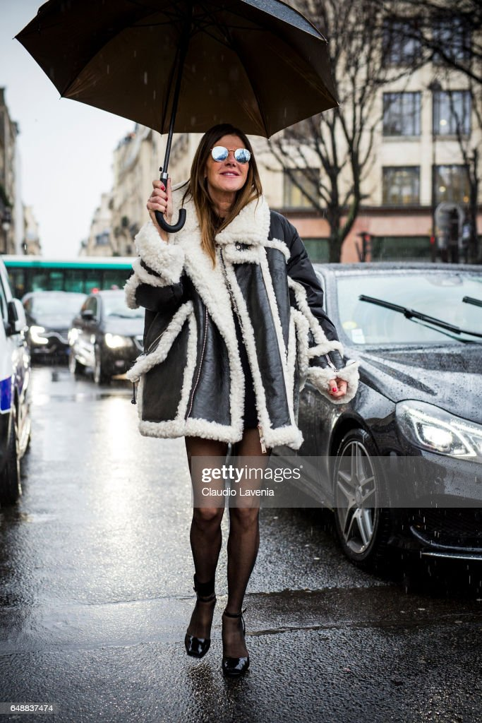 Anna Dello Russo is seen, wearing Dsquared2 coat, before the Sacai show at the Grand Palais during Paris Fashion Week Womenswear Fall/Winter 2017/2018 on March 6, 2017 in Paris, France.