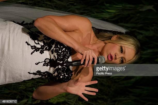 Anna Falchi wears the Gianni Molaro's wedding dress at 'Ti Sposo Exhibition 2015'