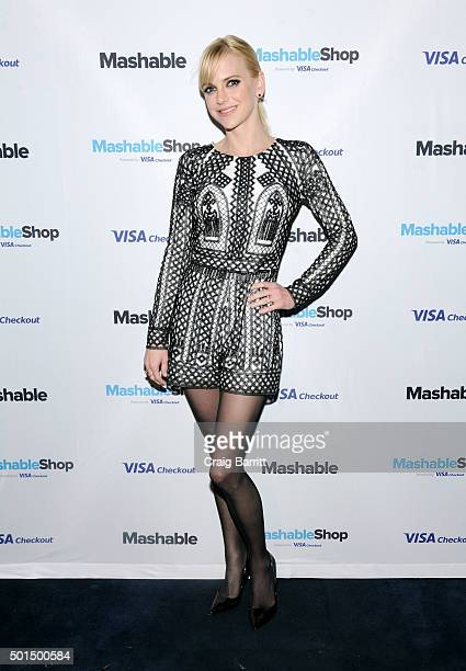 Anna Faris attends the launch event for the firstever Mashable Shop powered by Visa Checkout the exclusive form of payment at Up Down on December 15...