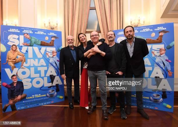 Anna Foglietta Rocco Papaleo Carlo Verdone Luigi De Laurentiis Aurelio De Laurentiis attends the photocall of the movie Si Vive Una Volta Sola on...