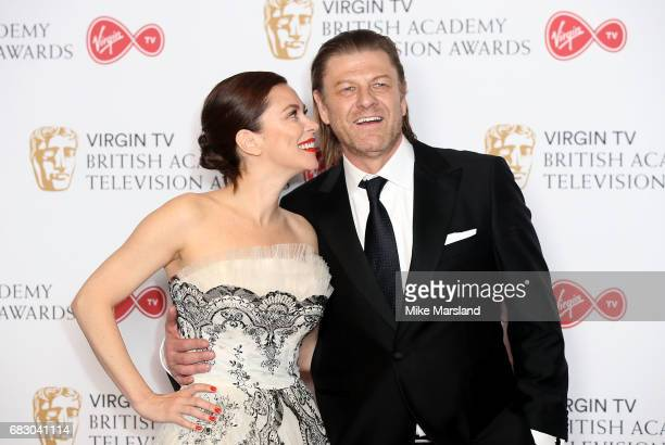 Anna Friel and Sean Bean pose in the Winner's room at the Virgin TV BAFTA Television Awards at The Royal Festival Hall on May 14 2017 in London...