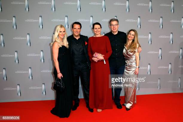 Anna Heesch Ralf Duemmel guest Frank Thelen and his wife Natalie attend the German Television Award at Rheinterrasse on February 2 2017 in...