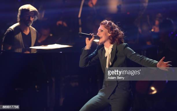 Anna Heimrath performs during the 'The Voice of Germany' semifinals at Studio Berlin Adlershof on December 10 2017 in Berlin Germany The finals will...
