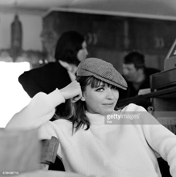 Anna Karina during the shooting of the program ''Neither fig nor grape'' in the ski resort in Courchevel
