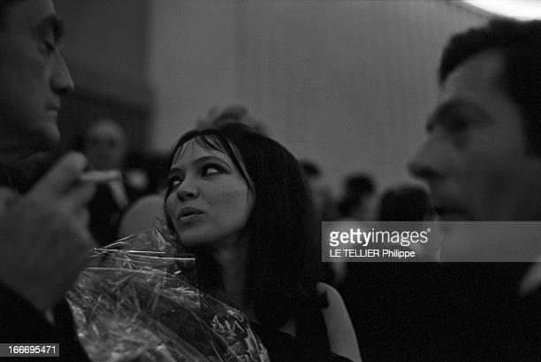 Anna Karina In Venice And In London. Italie, Venise, septembre 1967, l'actrice, chanteuse et écrivaine danoise Anna KARINA s'apprête à tourner dans...