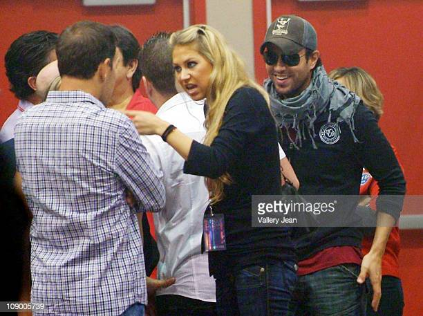 Anna Kournikova and boyfriend Enrique Iglesias hanging with family before Enrique Iglesias Euphoria concert at Hard Rock Live in the Seminole Hard...