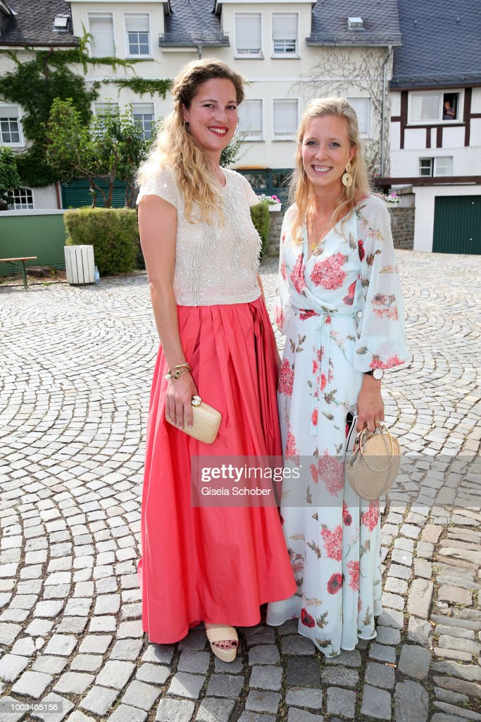 anna lobkowicz and mimi stolberg during the wedding of. Black Bedroom Furniture Sets. Home Design Ideas