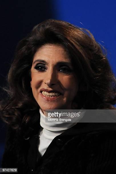 """Anna Marchesini during the Italian tv show """"Che tempo che fa"""" on December 06, 2008 in Milan, Italy."""