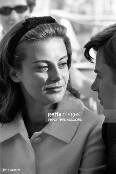 Anna Maria Ferrero et so mari Jean Sorel lors du Festival de Cannes en mai 1963, France.
