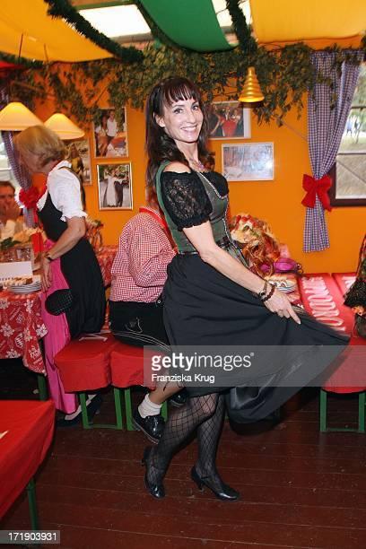 Anna Maria Kaufmann Beim 'Gong Stammtisch' Im Hippodrom Beim Oktoberfest In München