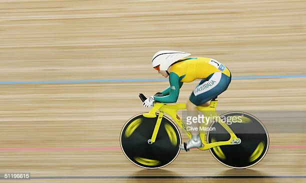 Anna Meares of Australia in action during her final lap before setting a new Olympic and World record time to win the gold medal in the women's track...