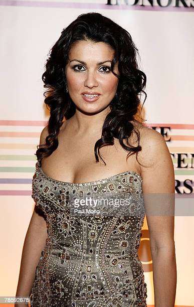 Anna Netrebko poses for the cameras at the 30th annual Kennedy Center Honors on December 2 2007 at the John F Kennedy Center for the Performing Arts...