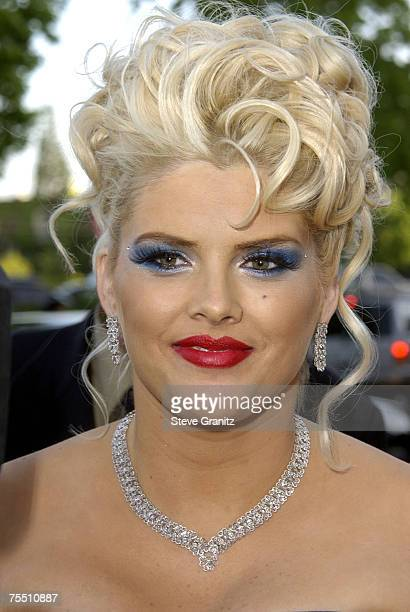 Anna Nicole Smith at the The Wilshire Ebell Theatre in Los Angeles California