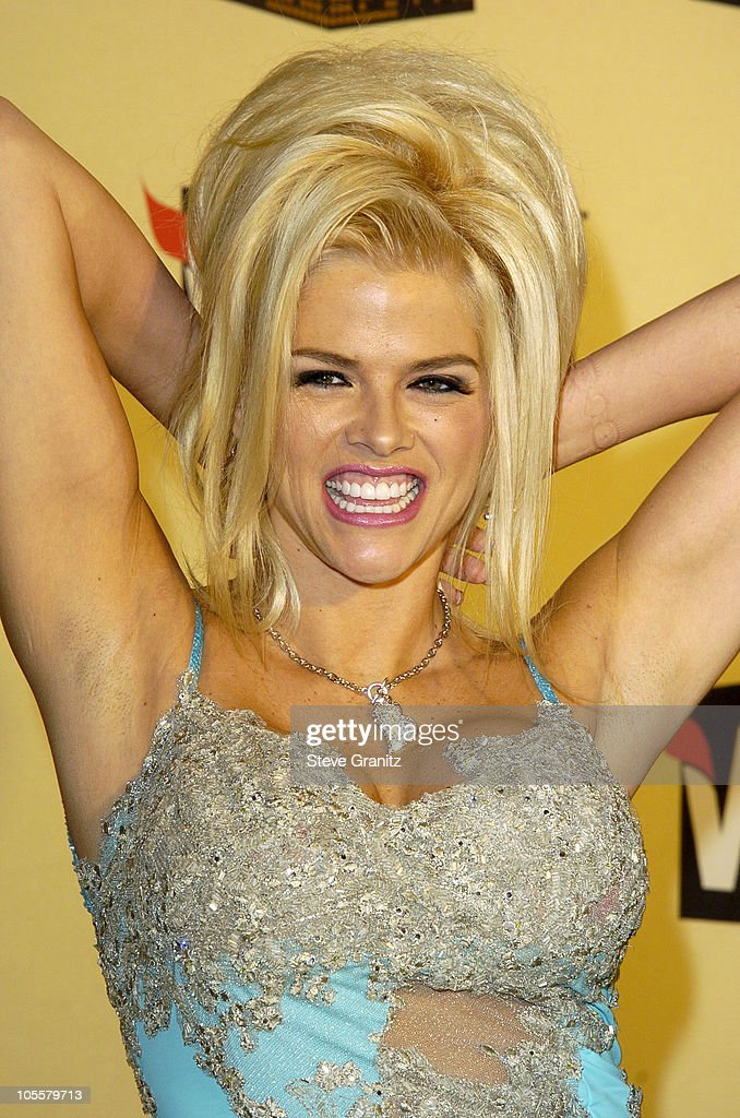 Anna Nicole Smith during VH1 Big in '04 - Arrivals at Shrine Auditorium in Los Angeles, California, United States.