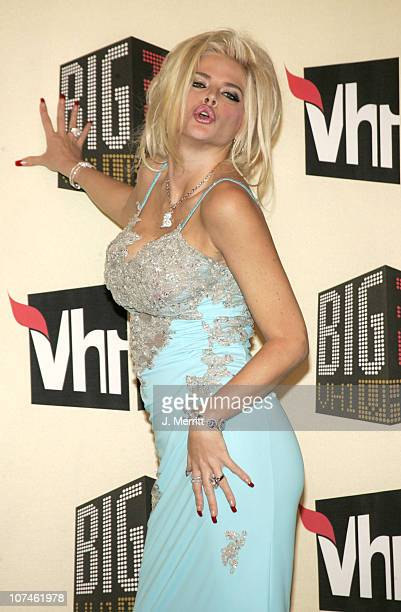 Anna Nicole Smith during VH1 Big in '04 Press Room at Shrine Auditorium in Los Angeles California United States
