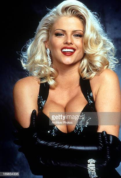 Anna Nicole Smith in publicity portrait for the film 'Naked Gun 33 1/3 The Final Insult' 1994