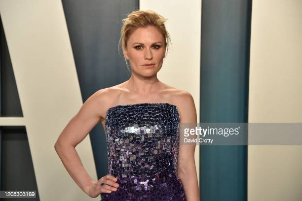 Anna Paquin attends the 2020 Vanity Fair Oscar Party at Wallis Annenberg Center for the Performing Arts on February 09 2020 in Beverly Hills...