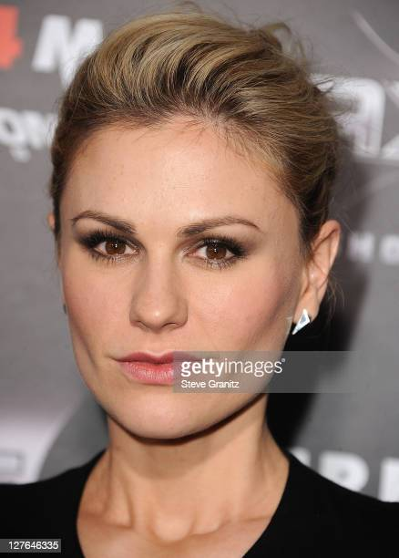 Anna Paquin attends the 'Scre4m' Los Angeles Premiere at Grauman's Chinese Theatre on April 11 2011 in Hollywood California
