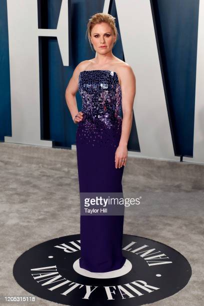 Anna Paquin attends the Vanity Fair Oscar Party at Wallis Annenberg Center for the Performing Arts on February 09 2020 in Beverly Hills California