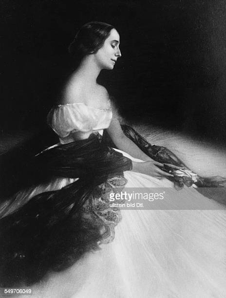 Anna Pavlova *12021881 Ballet dancer Russia Principal artist of the Imperial Russian Ballet St Petersburg undated