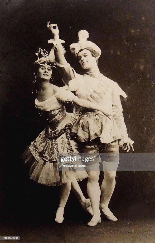Anna Pavlova and Vaslav Nijinsky in the ballet Le Pavillon d'Armide by Nikolai Tcherepnin, 1907 : ニュース写真