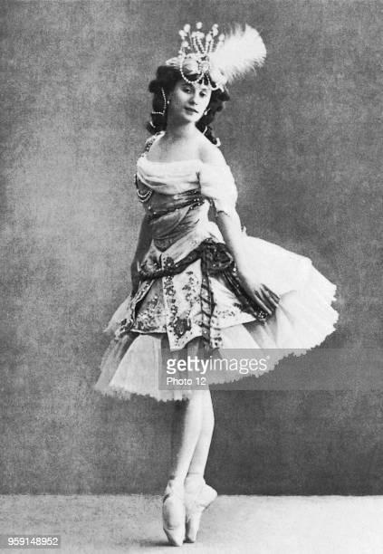 Anna Pavlova great dancer of the Russian Ballets