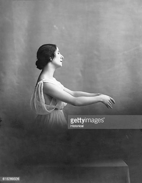 Anna Pavlova one of the greatest ballet dancers of the early 20th century She was a prima ballerina of the Maryinsky Theatre | Location studio