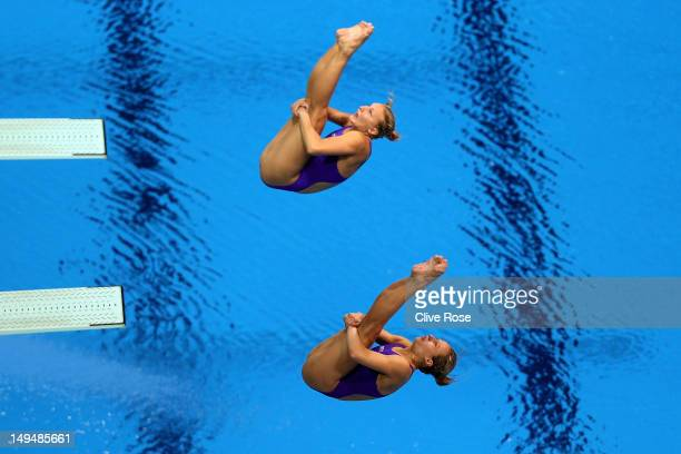 Anna Pysmenska and Olena Fedorova of the Ukraine compete during the Women's Synchronised 3m Springboard final on Day 2 of the London 2012 Olympic...