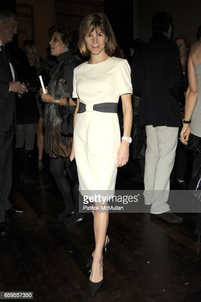 Anna Scott Carter attends Gwyneth Paltrow and VBH's Bruce Hoeksema Host Cocktail Party for Valentino The Last Emperor at VBH on October 27 2009 in...
