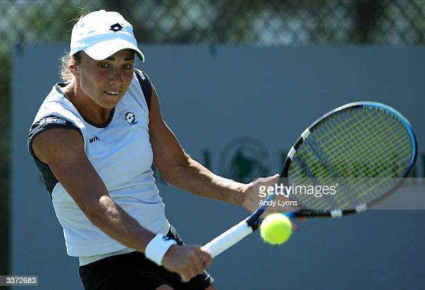 Anna SmashnovaPistolesi of Israel hits a return during her match against Vera Zvonareva of Russia on April 15 2004 during the Family Circle Cup at...