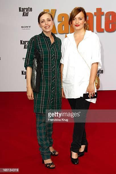 Anna Thalbach Mit Tochter Nelly Bei Der Deutschlandpremiere Des Kinofilms Karate Kid Im Cinestar Am Potsdamer Platz In Berlin