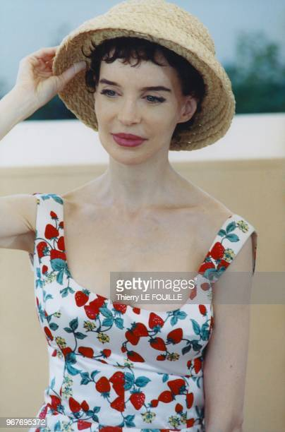 Anna Thomson at the Photo call session during the 53th Cannes Film Festival on May 18 2000 in Cannes France