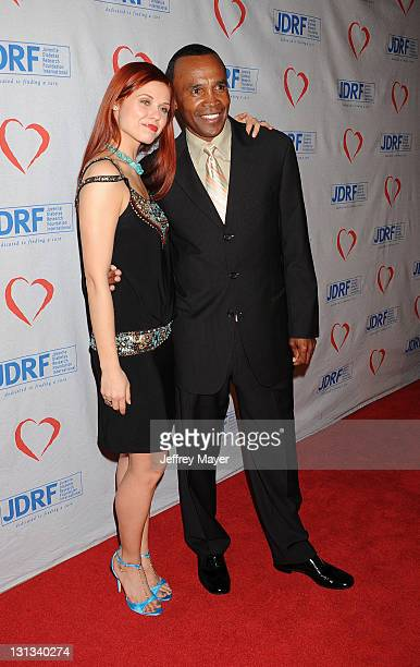 Anna Trebunskaya and Sugar Ray Leonard arrive at the Juvenile Diabetes Research Foundation's 8th Annual Gala 'Finding a Cure A Love Story' at The...