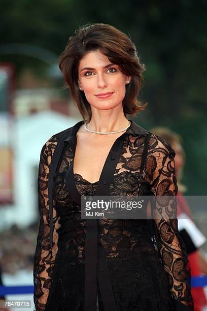 Anna Valle attends the In The Valley Of Elah premiere in Venice during day 4 of the 64th Venice Film Festival on September 1 2007 in Venice Italy