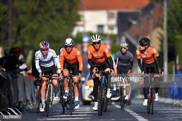 Anna Van Der Breggen of Netherlands, Annemiek Van Vleuten of Netherlands, Ellen Van Dijk of Netherlands and Demi Vollering of Netherlands during the...
