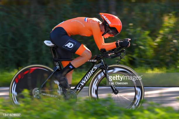 Anna van der Meiden of The Netherlands sprints during the 94th UCI Road World Championships 2021 - Women Junior ITT a 19,3km Individual Time Trial...