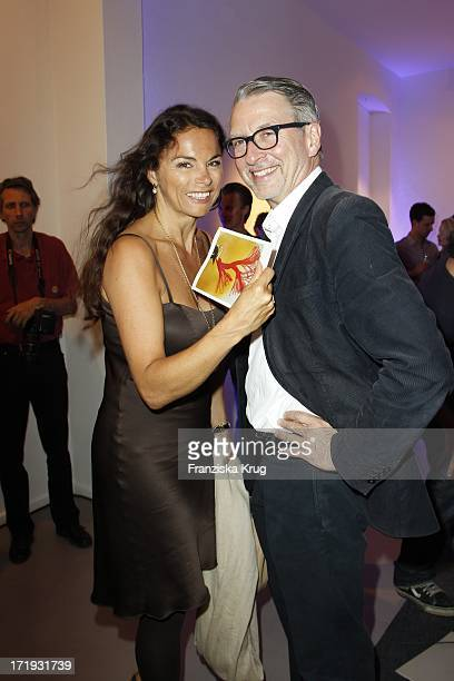 Anna Von Griesheim Und Ehemann Andreas Marx Bei Der Vernissage 'Night Of The Heart' In Der Galerie Morgen In Berlin Am
