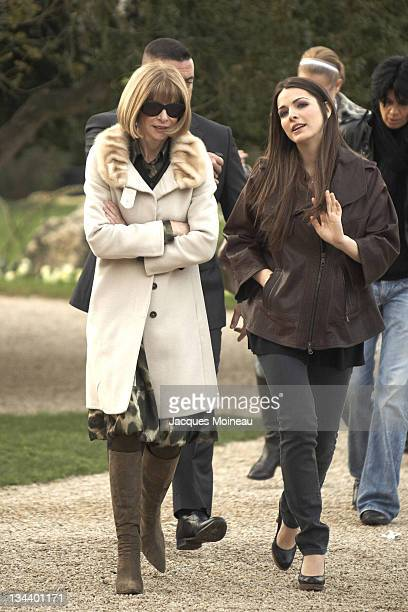 Anna Wintour and daughter Bee Shaffer during Paris Fashion Week Haute Couture Spring/Summer 2007 - Christian Dior - Arrivals at Bois de Boulogne in...