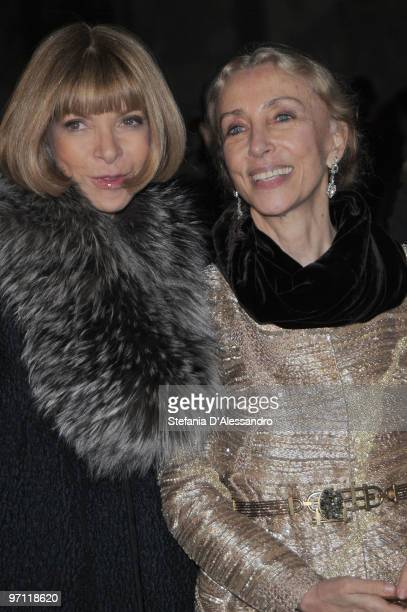 Anna Wintour and Franca Sozzani attend the Vogue.it Milan Fashion Week Womenswear Autumn/Winter 2010 show on February 26, 2010 in Milan, Italy.