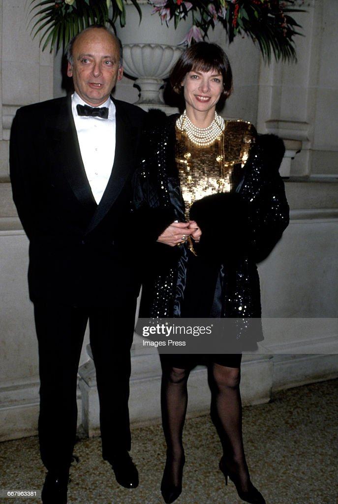 Annual Costume Institute Exhibition Gala (1989) : News Photo