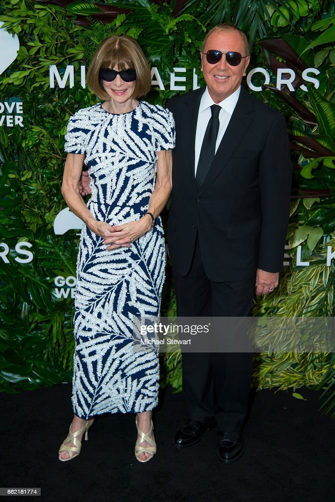 Anna Wintour (L) and Michael Kors attend the 11th Annual God's Love We Deliver Golden Heart Awards at Spring Studios on October 16, 2017 in New York City.