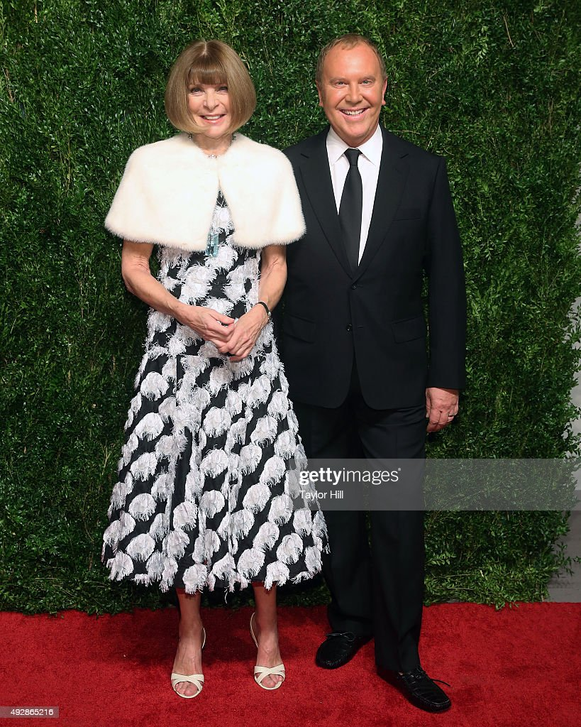 Anna Wintour and Michael Kors attend the 2015 God's Love WE Deliver Golden Heart Awards at Spring Studios on October 15, 2015 in New York City.
