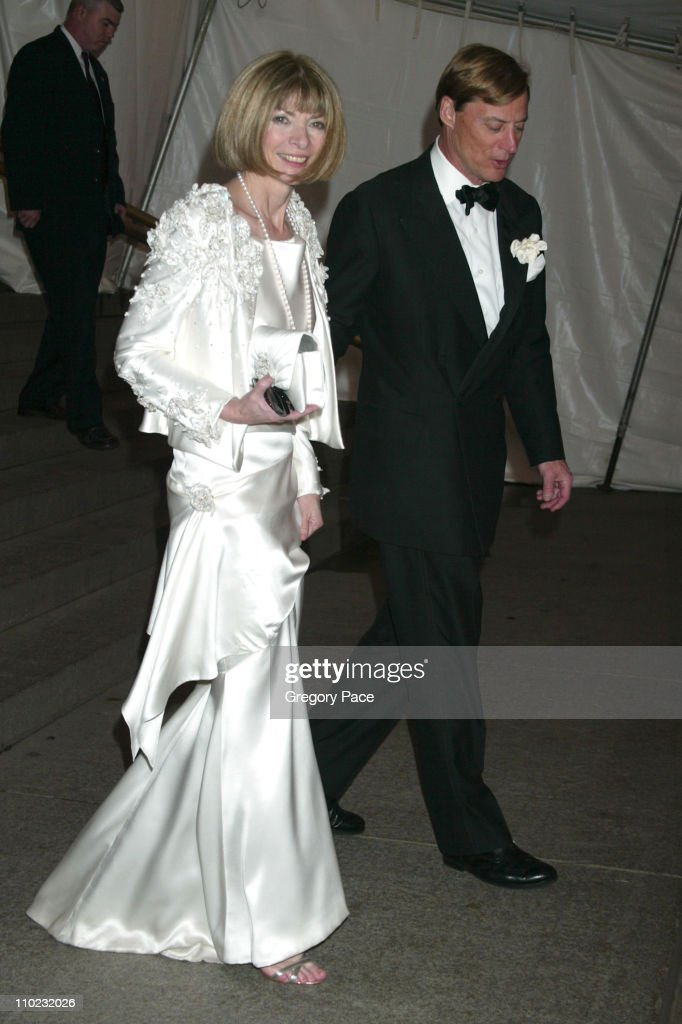 """The Costume Institute's Gala Celebrating """"Chanel"""" - Departures : News Photo"""