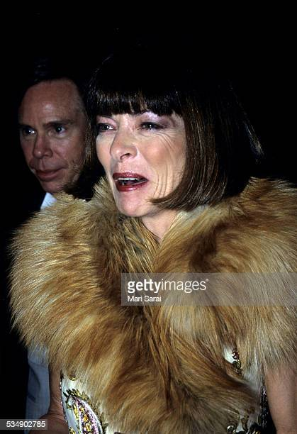 Anna Wintour and Tommy Hilfiger at Metropolitan Museum of Art Costume Institute Gala New York December 6 1999