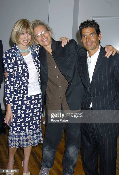 Anna Wintour Annie Leibovitz and Steve Florio during Ann Taylor 50th Anniversary Celebration with Vogue at Chelsea Art Museum in New York City NY...