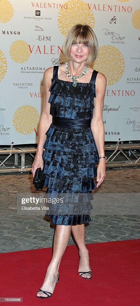 Anna Wintour arrives at the 'Valentino In Rome, 45 Years Of Style' post-exhibit gala dinner at the Temple of Venus in the Imperial Forum July 6, 2007 in Rome, Italy. Fashion icon Valentino decided to mark the celebration of the 45th anniversary of his luxury brand by breaking a 17-year tradition of unveiling his luxurious haute couture collections for women in Paris with a show in Rome.