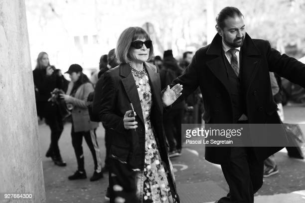 Anna Wintour arrives to attend the Gianbastista Valli show during the womenswear Fall/Winter 2018/2019 Paris Fashion week on March 5 2018 in Paris...